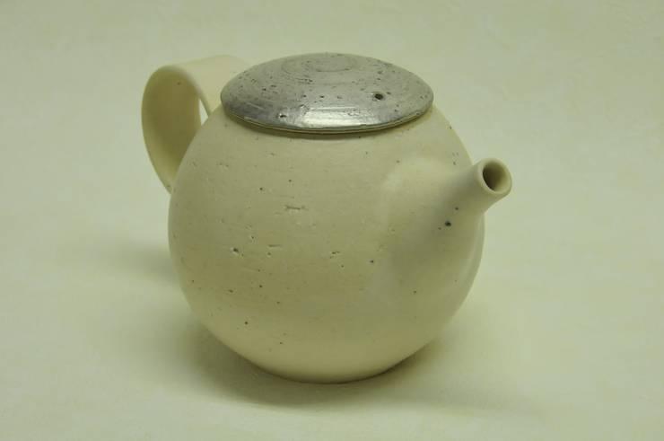 注器: claytudio tenohiraが手掛けたキッチンです。,