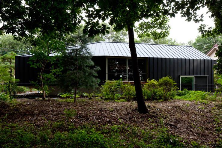 レイヤード邸: ジャムズが手掛けた家です。