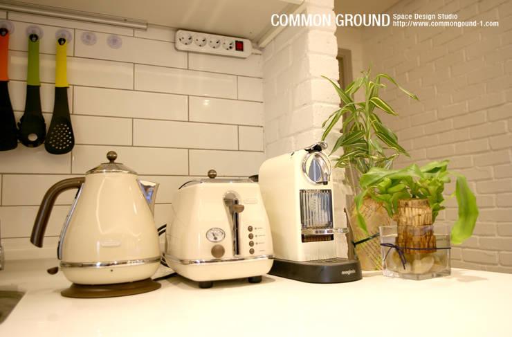 방배동 빌라 리모델링 15PY (신혼집 인테리어): 커먼그라운드의  주방