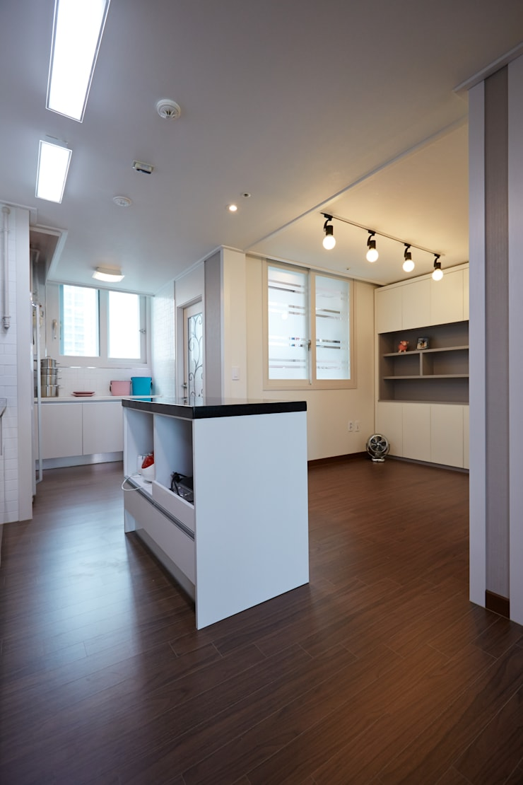 잠실파크리오 아파트 리모델링 (Before & After): DESIGNSTUDIO LIM_디자인스튜디오 림의  다이닝 룸
