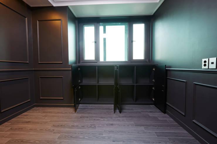 DESIGNSTUDIO LIM_디자인스튜디오 림: modern tarz Yatak Odası