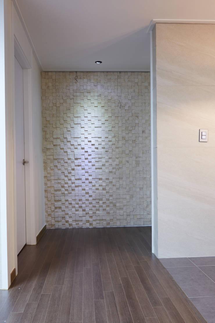 안양 목련마을 8단지 리모델링 (Before & After) : DESIGNSTUDIO LIM_디자인스튜디오 림의  욕실