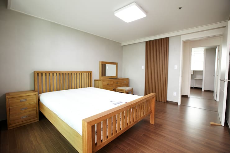 غرفة نوم تنفيذ DESIGNSTUDIO LIM_디자인스튜디오 림