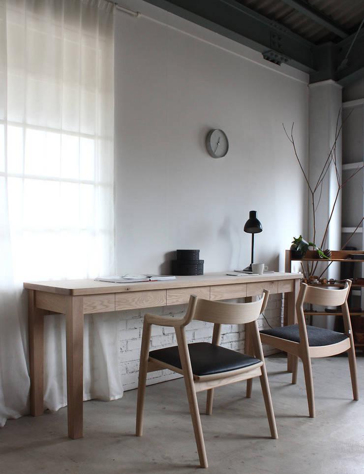 作品:  オーダーメイド家具F.B.Fが手掛けた勉強部屋/オフィスです。