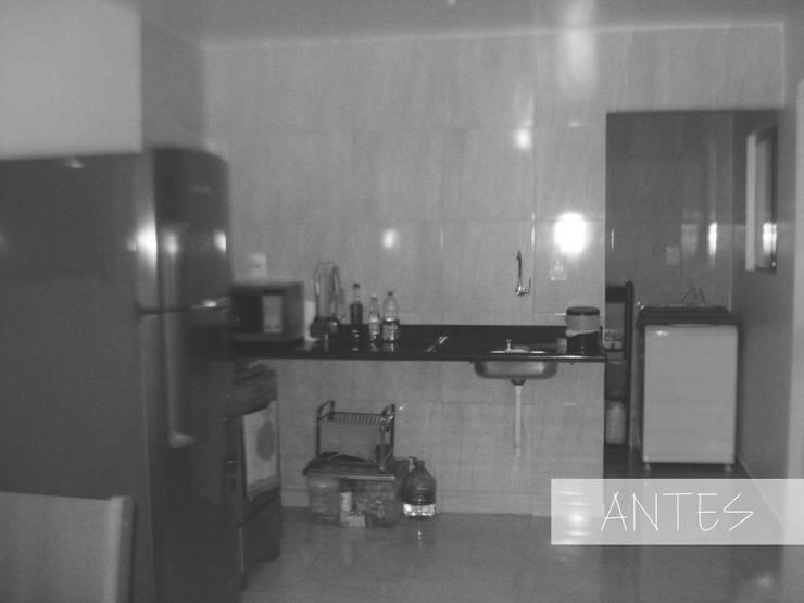 Cozinha - antes: Cozinhas  por Henrique Rocha Arquitetura