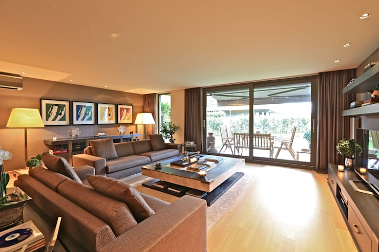 modern Living room by Kerim Çarmıklı İç Mimarlık