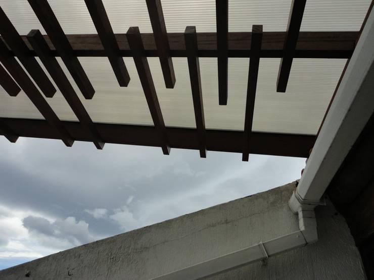 Remodelación Terraza: Terrazas de estilo  por A201 Taller de Arquitectura, Moderno