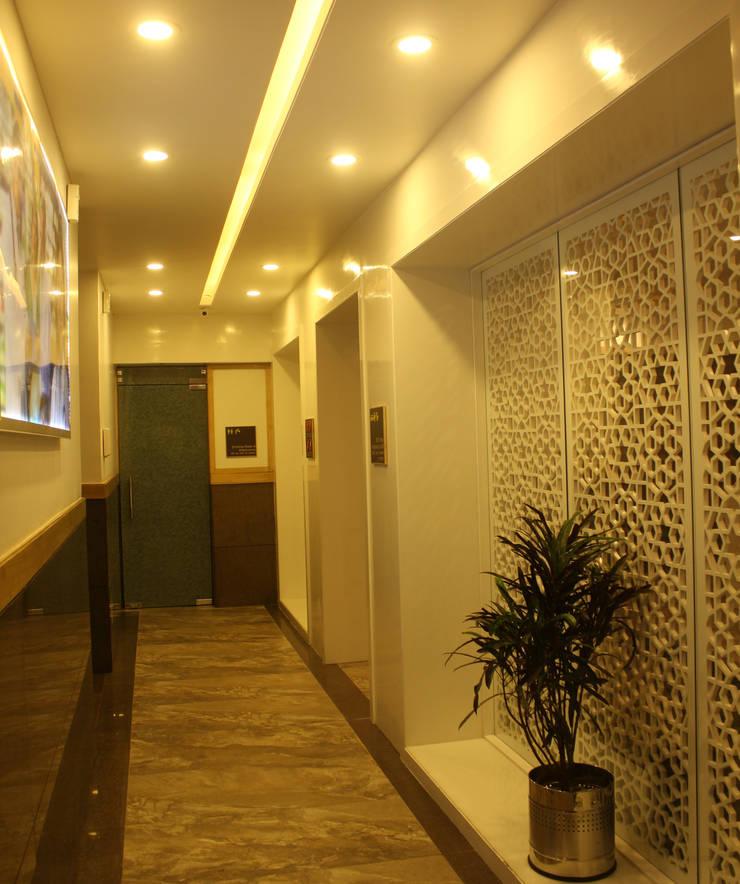 Institute of Urology:  Corridor & hallway by Design Square