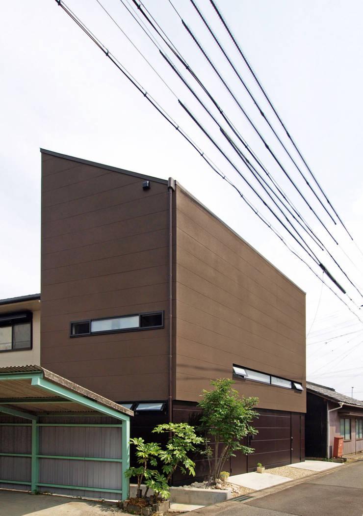 リビング階段の家: Egawa Architectural Studioが手掛けた家です。