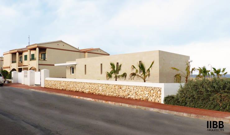 Casas de estilo  por iibbarquitectes
