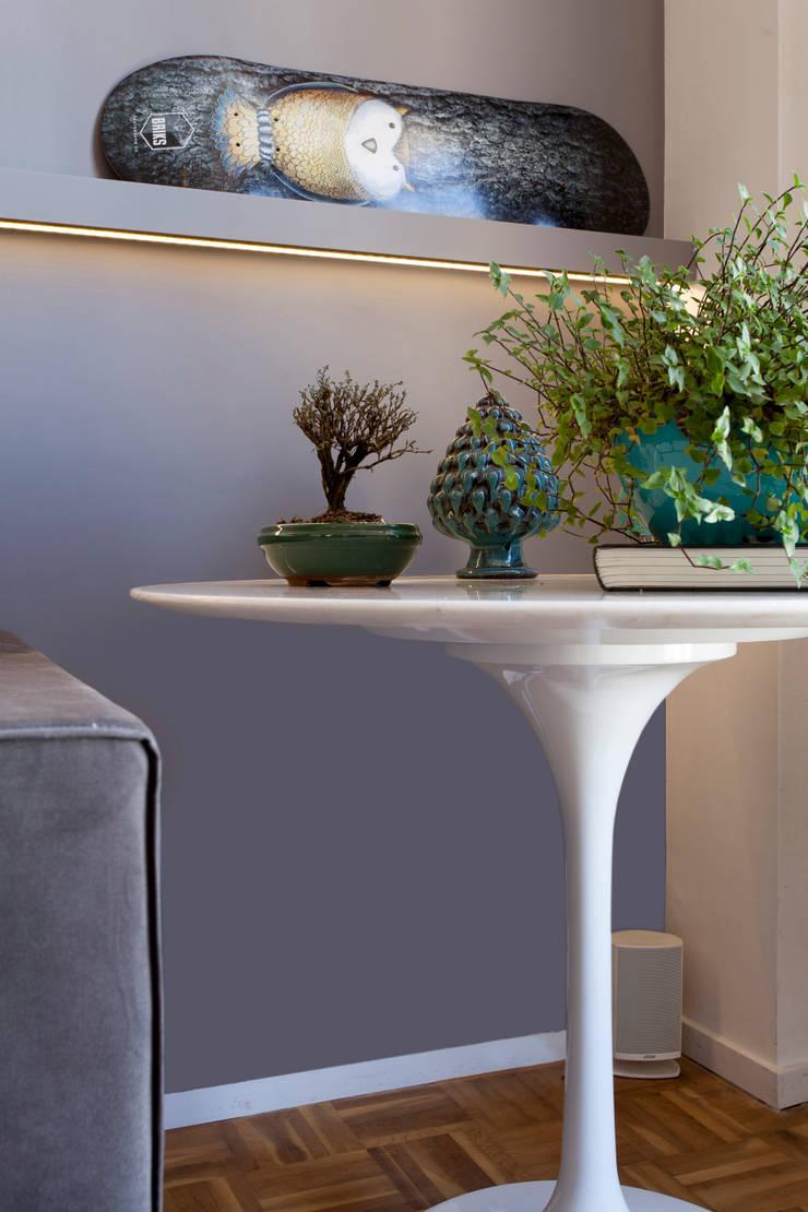 Modern living room by Tria Arquitetura Modern