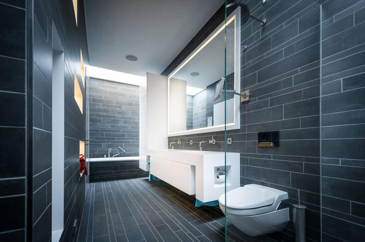 Einfamilienhaus in Brandenburg an der Havel - Badezimmer:  Badezimmer von SEHW Architektur GmbH