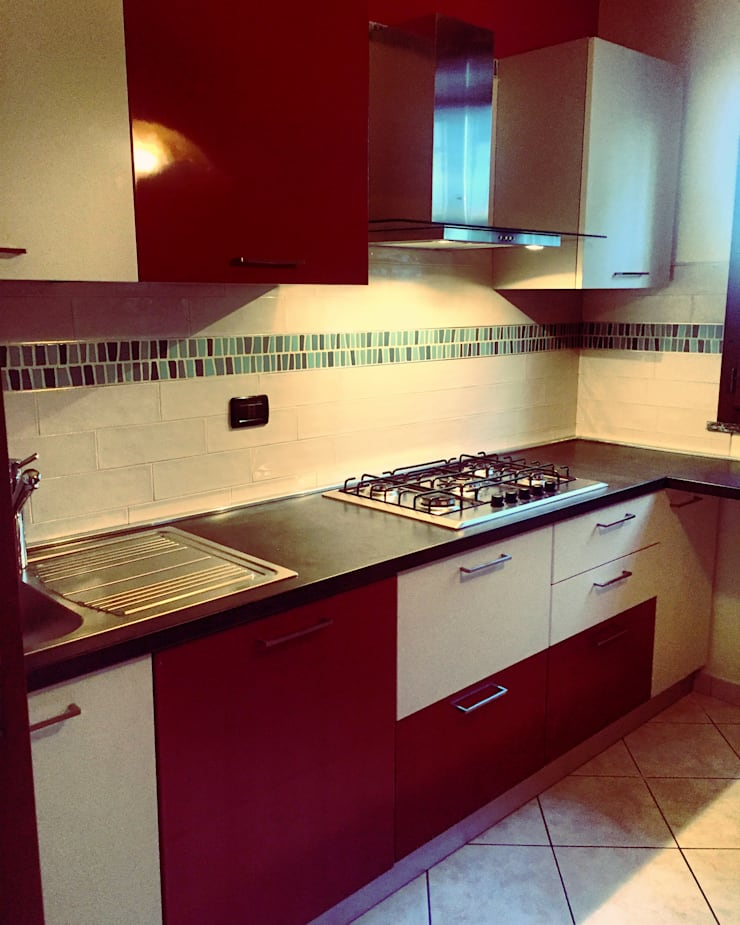 Cucina Tetris: Cucina in stile  di Arreda Progetta di Alice Bambini,