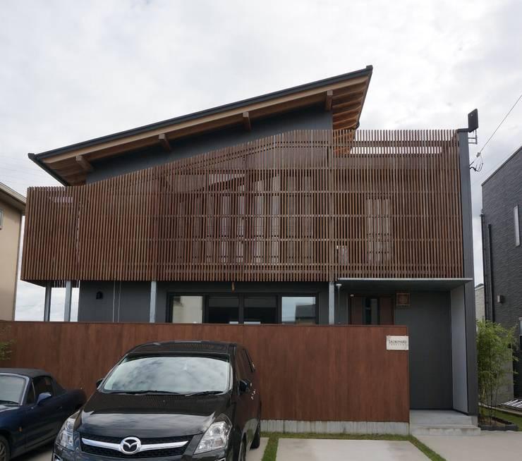 ファサード(facade): SHINOMARU 一級建築士事務所が手掛けたです。