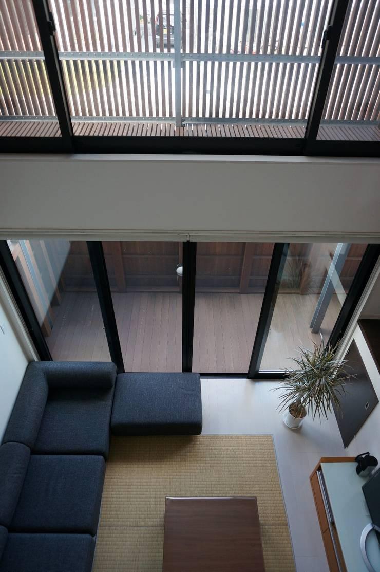 リビング(living): SHINOMARU 一級建築士事務所が手掛けたです。