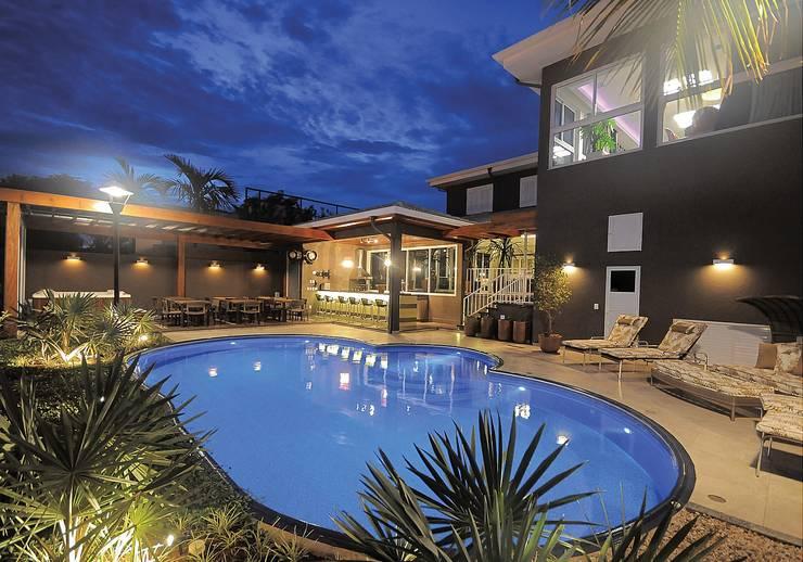 Residencia  Ribeirão Preto : Casas  por Luciano Esteves Arquitetura e Design ,