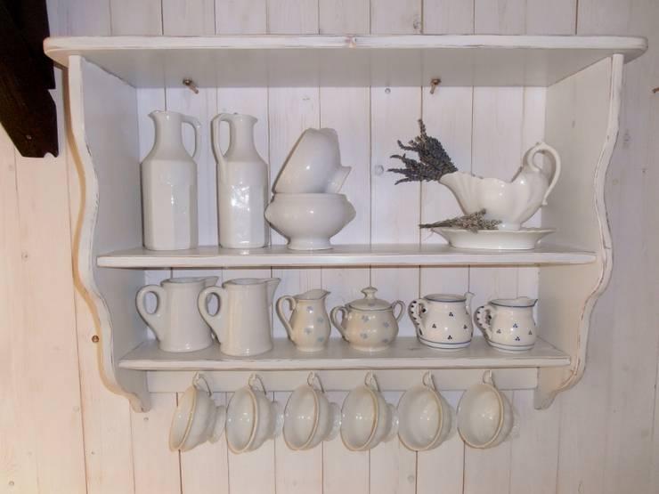 modern Kitchen by schaut-her-und-mehr