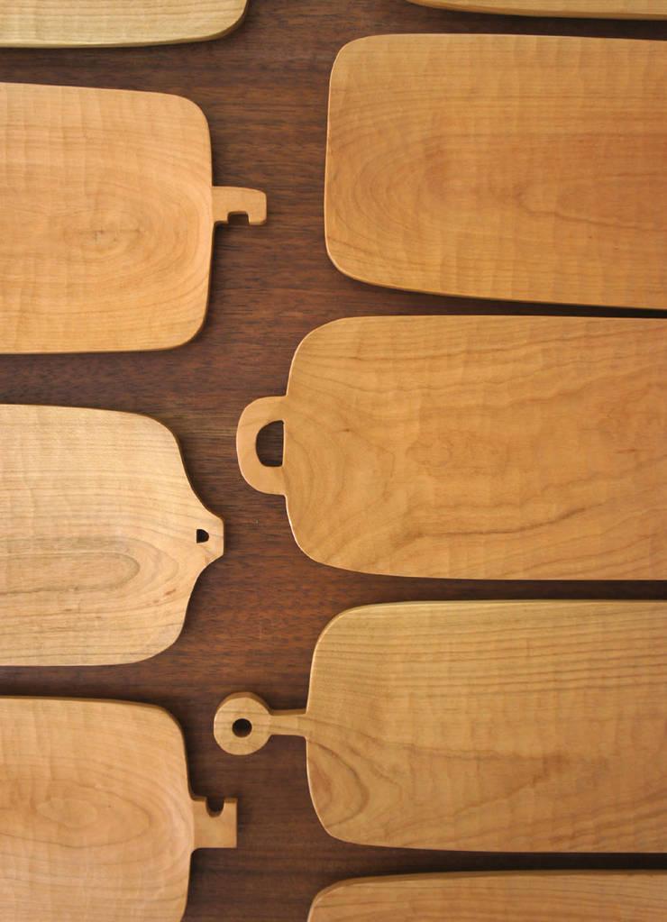 器 Container of the tree.: アトリエつみき屋が手掛けたキッチンです。