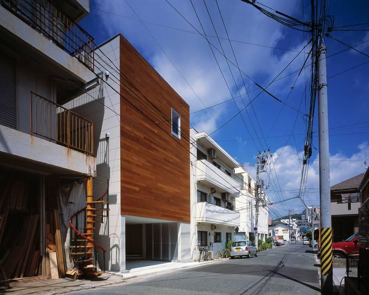 H HOUSE in hiroshima: 有限会社アルキプラス建築事務所が手掛けた家です。,