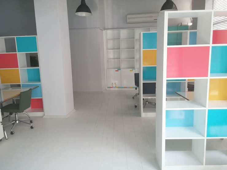 Pil Tasarım Mimarlik + Peyzaj Mimarligi + Ic Mimarlik – Office after renovation:  tarz