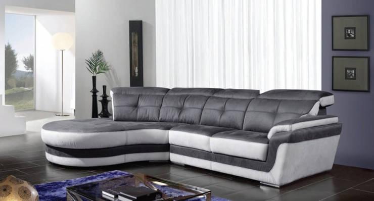 Sofás  Sofas  www.intense-mobiliario.com  Jamaica http://intense-mobiliario.com/product.php?id_product=6712: Sala de estar  por Intense mobiliário e interiores;