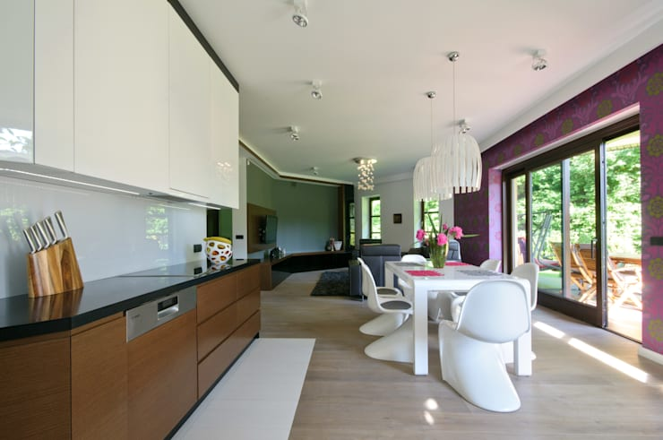 Salon z kuchnią i jadalnią: styl , w kategorii Salon zaprojektowany przez ZAWICKA-ID Projektowanie wnętrz,Nowoczesny