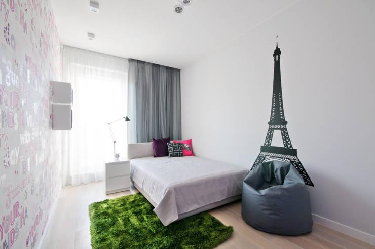 Pokój z wieżą Eiffla : styl , w kategorii Pokój dziecięcy zaprojektowany przez ZAWICKA-ID Projektowanie wnętrz