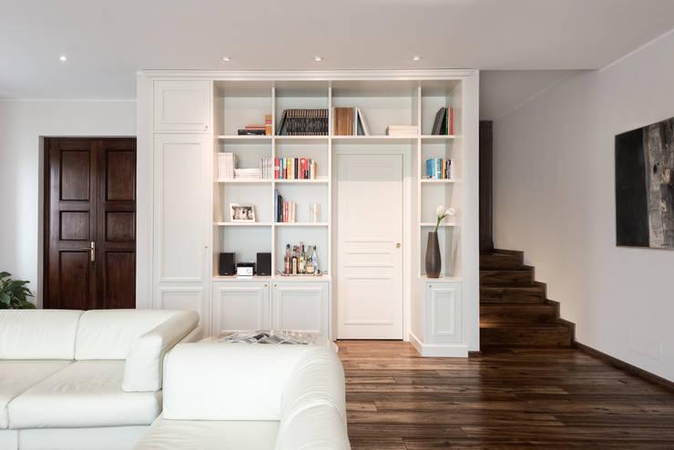 غرفة المعيشة تنفيذ Melissa Giacchi Architetto d'Interni