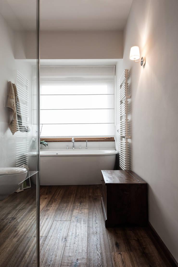 Bathroom by Melissa Giacchi Architetto d'Interni, Classic