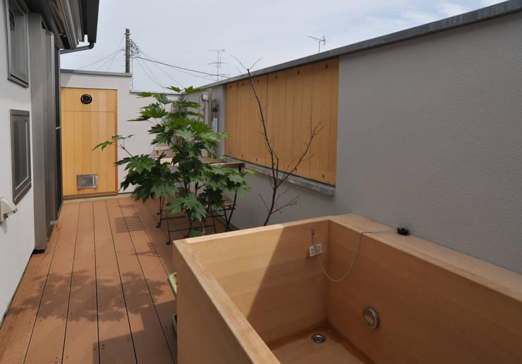 ห้องน้ำ by (株)独楽蔵 KOMAGURA
