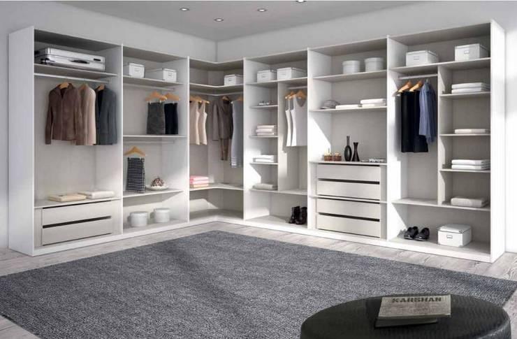 Спальная комната  в . Автор – MUEBLES LOS LEONES 2