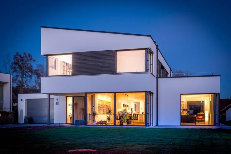 Plusenergiegebäude in Villingen :  Häuser von Architekturbüro Ketterer