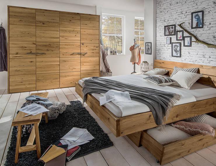 Camera da letto in stile  di Allnatura