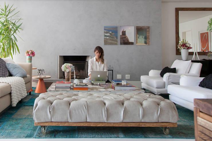 Salas de estar  por Two Design