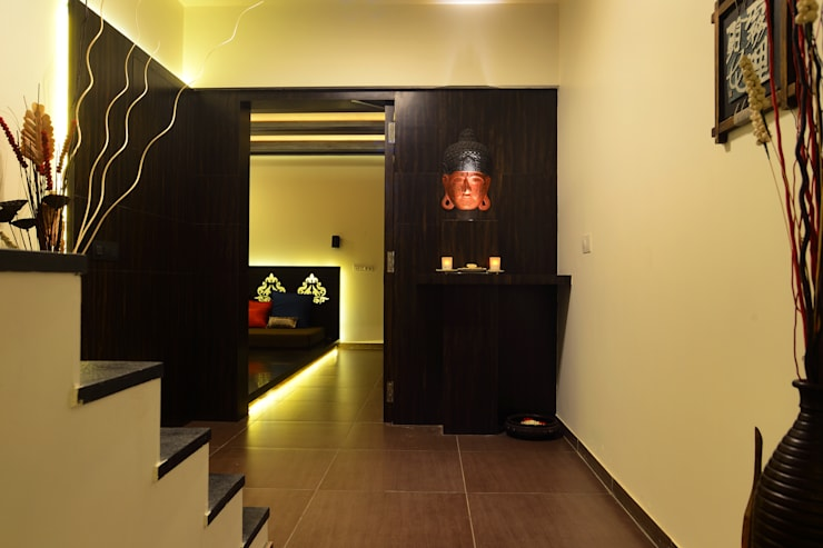 Weekend Villa Interior:  Corridor & hallway by RUST the design studio,Modern Wood Wood effect