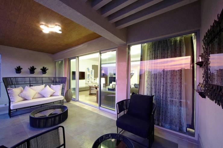 ABIL Experience Center - Castle Royale T4:  Terrace by Aijaz Hakim Architect [AHA]