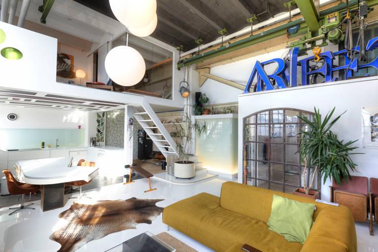 غرفة المعيشة تنفيذ FM Design