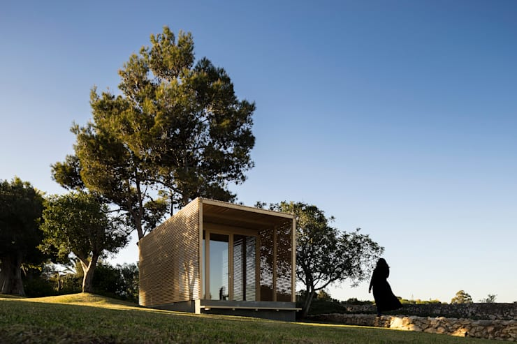THE PAVILLION: Casas  por MARLENE ULDSCHMIDT