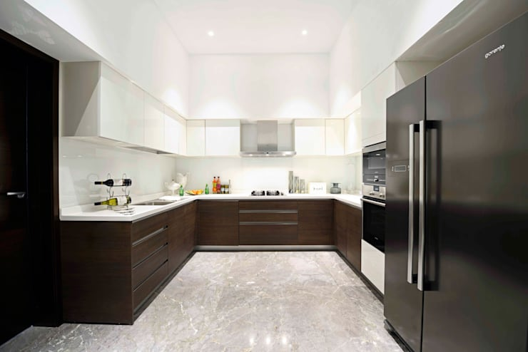 ABIL Experience Center—Castle Royale T7:  Kitchen by Aijaz Hakim Architect [AHA]