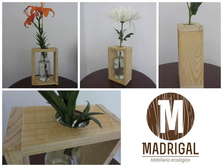 Muebles hechos a mano: Hogar de estilo  por La Madriguera