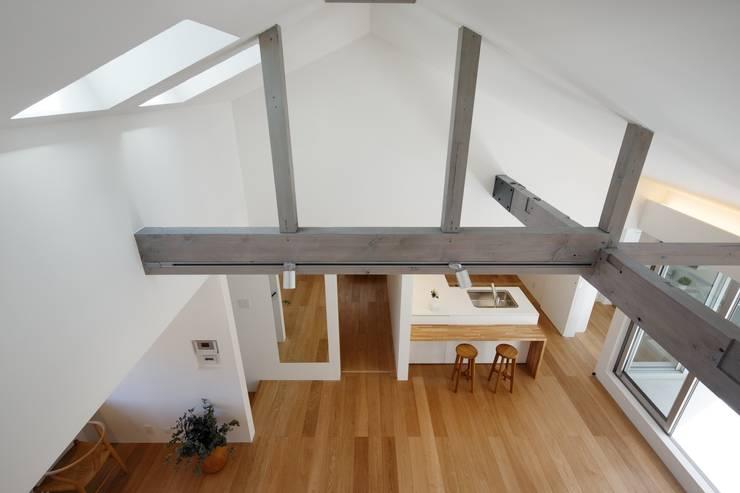 Projekty,  Salon zaprojektowane przez アトリエ スピノザ