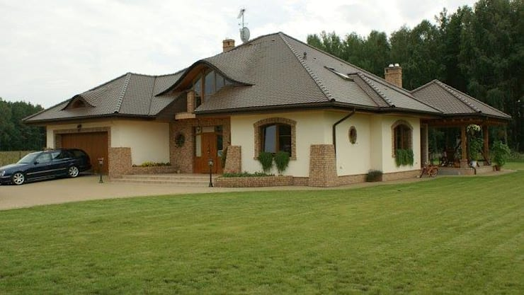 Classic style houses by Pracownia Projektowa ARCHIPELAG Classic