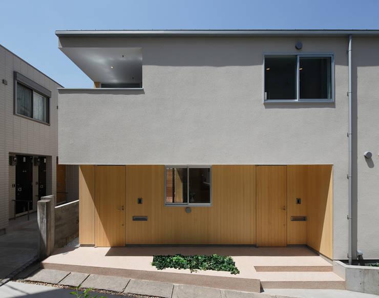 関町北の家: アトリエ スピノザが手掛けた家です。