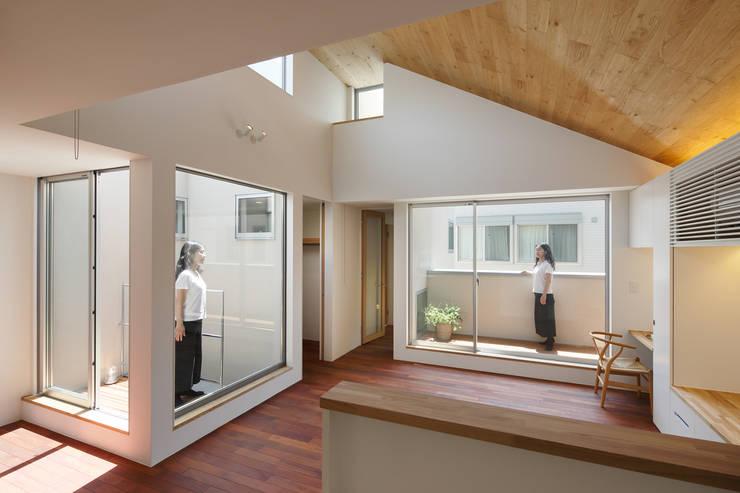 Ruang Keluarga by アトリエ スピノザ