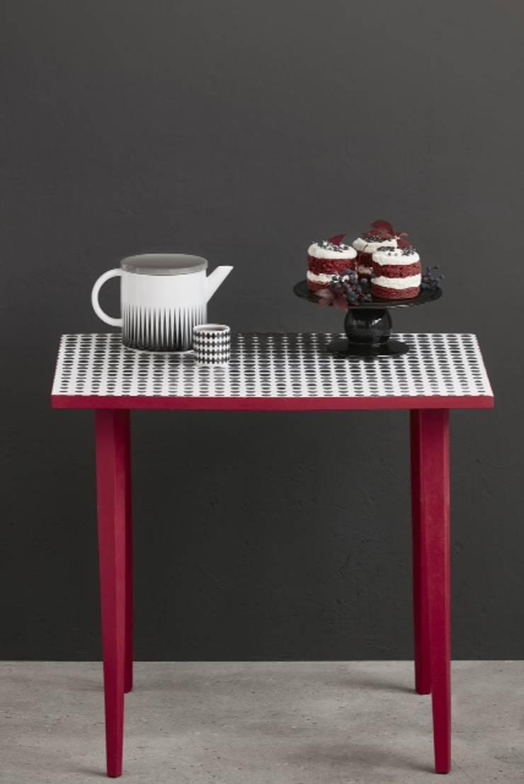 Stolik op-art: styl , w kategorii  zaprojektowany przez PatyNowy,Nowoczesny Drewno O efekcie drewna