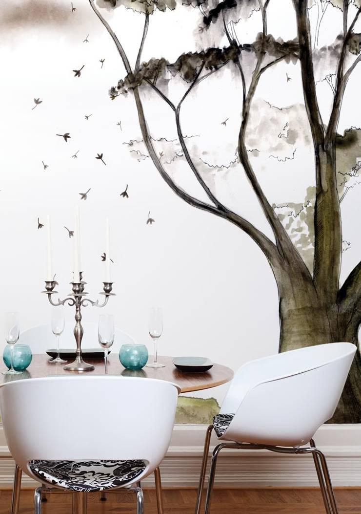 HF010-01-Magic-Tree:   por House Frame Wallpaper & Fabrics