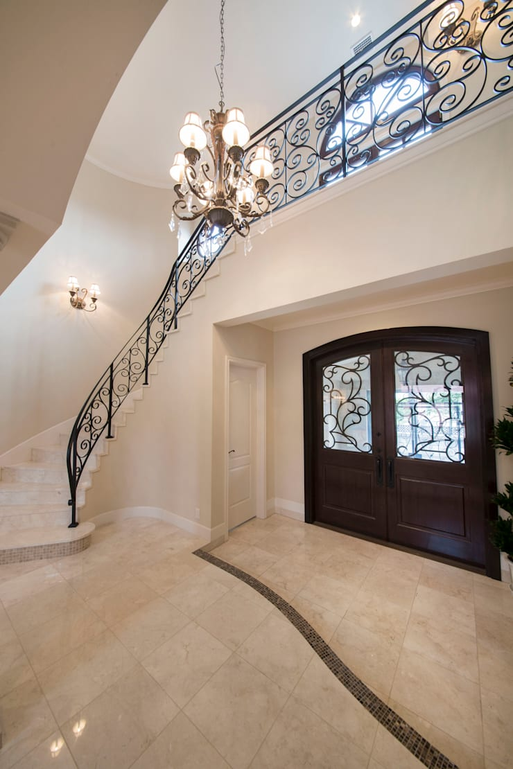 UE house | SANKAIDO: SANKAIDO | 株式会社 参會堂が手掛けた廊下 & 玄関です。