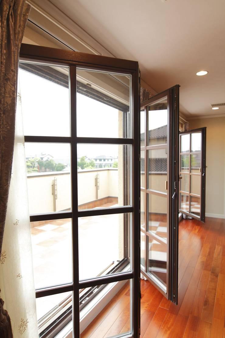 TA house   SANKAIDO: SANKAIDO   株式会社 参會堂が手掛けた寝室です。,