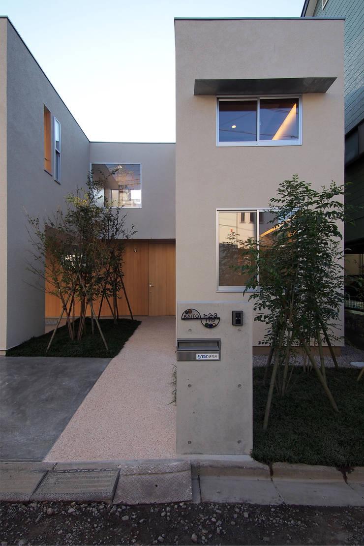 大東の家: アトリエ スピノザが手掛けた家です。,