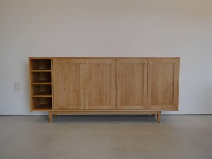 Shoes shelf: HOFF&Co.が手掛けた玄関&廊下&階段です。,
